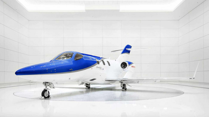 Honda ra mắt máy bay cá nhân, giá 5,4 triệu USD 8