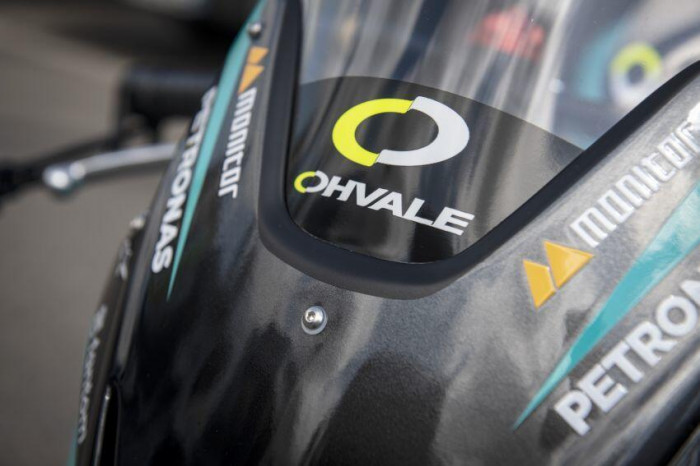 Cận cảnh xe đua Petronas phiên bản giới hạn, giá 269 triệu 15