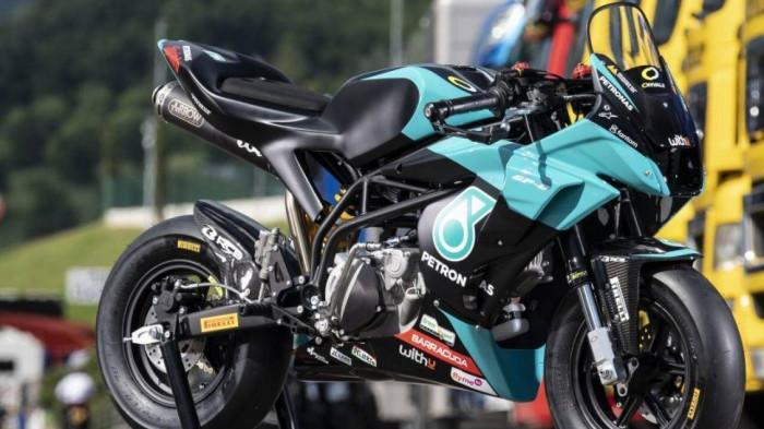 Cận cảnh xe đua Petronas phiên bản giới hạn, giá 269 triệu 1