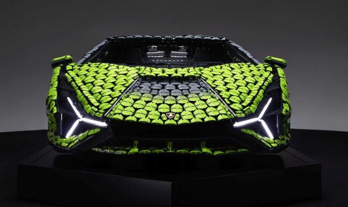 Cận cảnh siêu xe Lamborghini Sian mô hình làm từ 400 nghìn mảnh ghép Lego 5