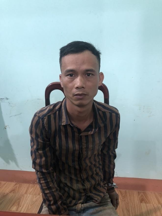 Vây bắt cướp, Công an xã ở Bình Phước bị ép té vào dải phân cách nguy kịch 2