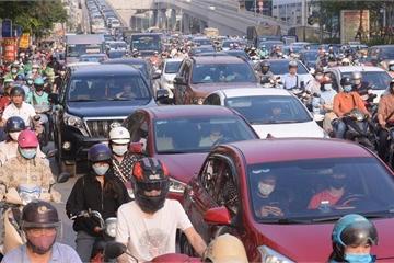 Vì sao vẫn ùn tắc sau thông xe đường Vành đai 2 Hà Nội?