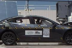 Khi gặp tai nạn, ô tô điện có an toàn như xe xăng truyền thống?