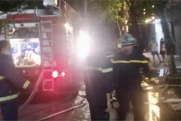 Kịp thời giải cứu 3 người trong vụ cháy ngôi nhà 4 tầng ở Hải Phòng