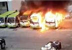 Xe điện Trung Quốc đang đỗ bất ngờ phát nổ, bốc cháy dữ dội