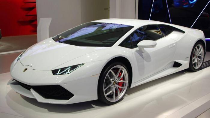 Bất chấp dịch bệnh, đại gia mua siêu xe Lamborghini nhiều chưa từng có 2