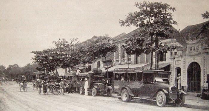 Dấu ấn những chiếc xe đầu tiên ở Việt Nam 2