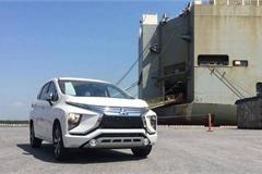 Vì sao ô tô dưới 16 chỗ chỉ được phép nhập khẩu qua cảng biển?