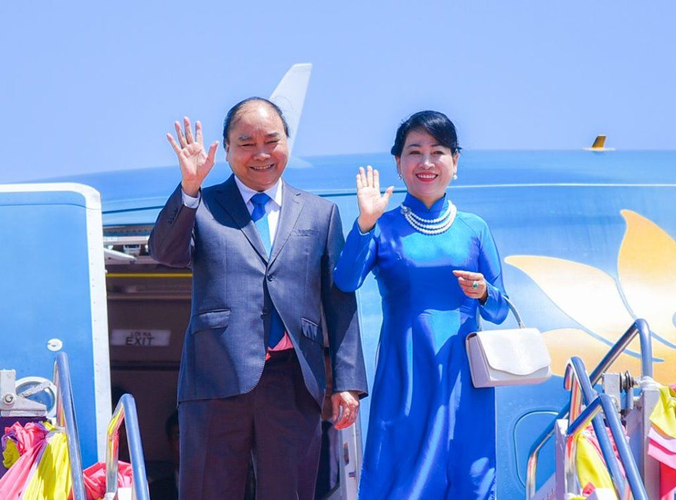 Vietnam's PM Nguyen Xuan Phuc and his spouse arrive Bangkok on June 22 for the 34th ASEAN Summit. Photo: The Nation