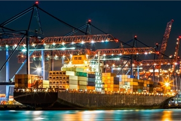 Demand for container shipments in Vietnam surges amid US-China trade war