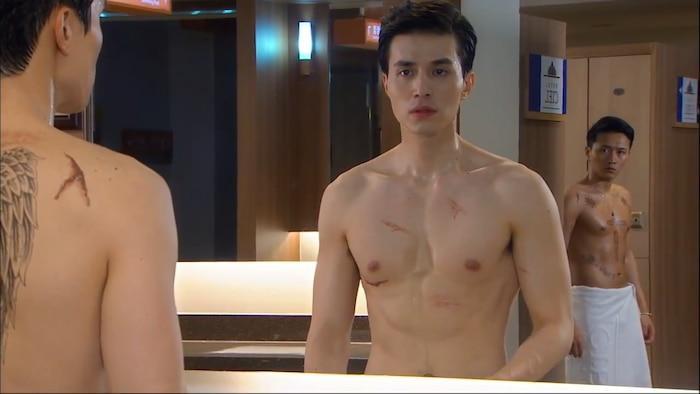 10 màn 'khoe múi' khiến chị em đổ gục của các nam diễn viên Hàn Quốc 0