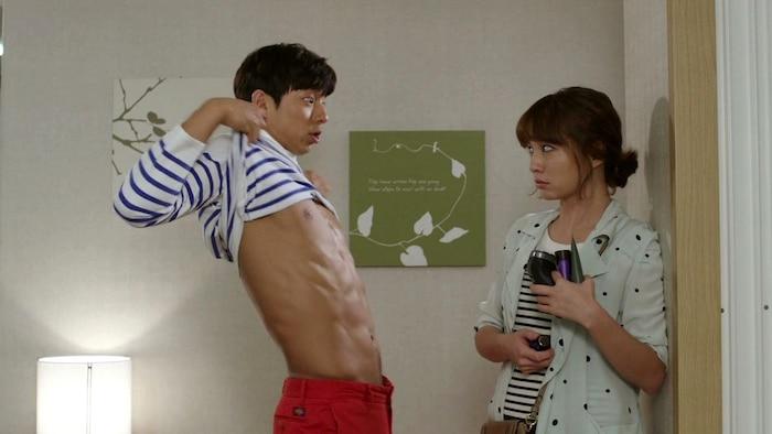 10 màn 'khoe múi' khiến chị em đổ gục của các nam diễn viên Hàn Quốc 5