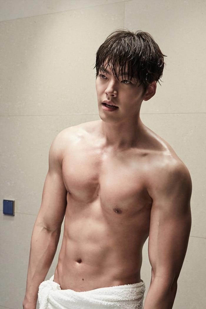 10 màn 'khoe múi' khiến chị em đổ gục của các nam diễn viên Hàn Quốc 24