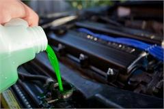Vì sao xe ô tô bị hao nước làm mát?