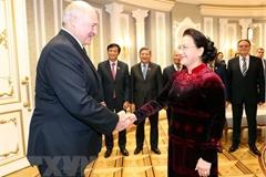 Chủ tịch Quốc hội Nguyễn Thị Kim Ngân hội kiến Tổng thống Belarus