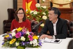 Văn kiện Đại hội XIII xác định các nhiệm vụ cụ thể nhằm hỗ trợ người Việt Nam ở nước ngoài