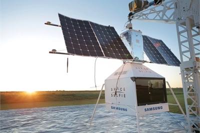Samsung gửi Galaxy S10 5G lên quỹ đạo để 'chụp ảnh tự sướng'