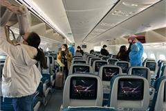 Hành khách không đeo khẩu trang khi đi máy bay sẽ bị phạt 3 triệu đồng