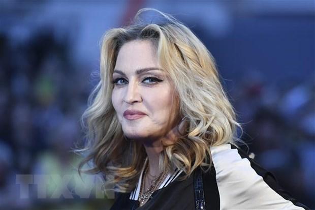 Instagram xoa bai dang cua ngoi sao Madonna do tin sai ve COVID-19 hinh anh 1