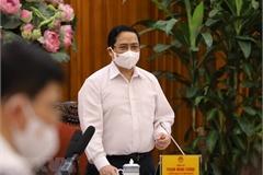 Thủ tướng: Siết chặt trách nhiệm cá nhân, tập thể trong chống dịch