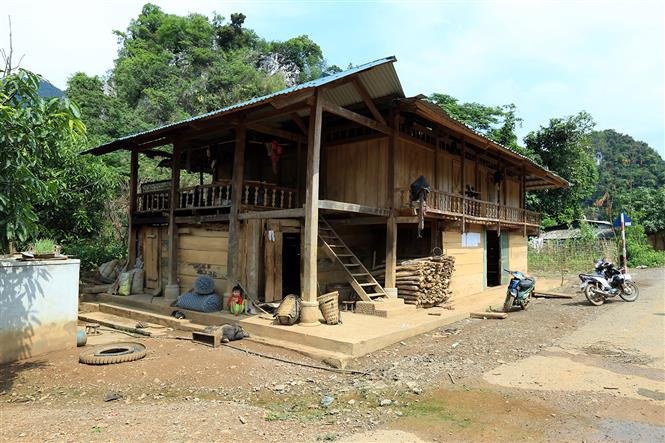A traditional stilt house of Dao ethnic people (Photo: VNA)