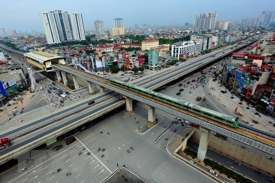 Four-storey interchange of Khuat Duy Tien – Nguyen Xien – Nguyen Trai in Thanh Xuan district creates a new face for the city and helps ease traffic jam (Photo: VNA)
