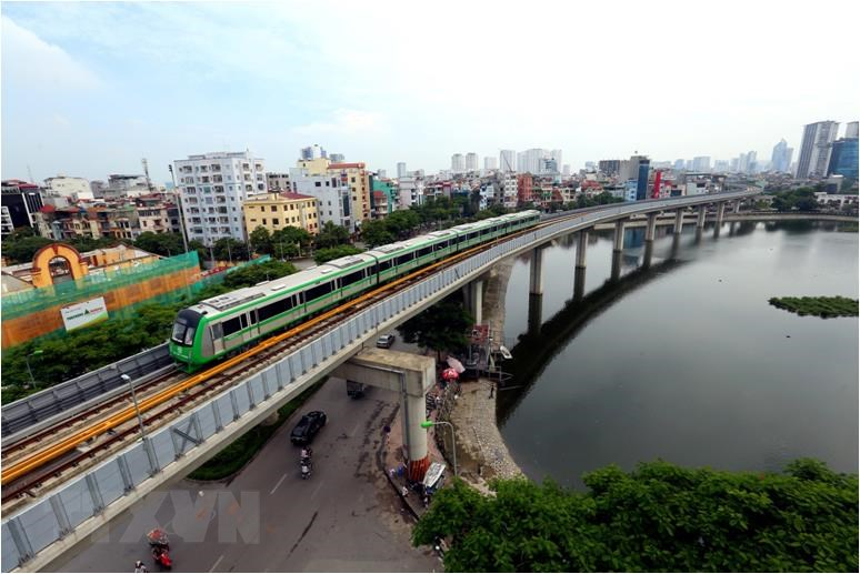 Since last September, all 13 trains of Cat Linh – Ha Dong route have been put on a trial run. Just a few final procedures are left before the route comes into commercial operation (Photo: VNA)