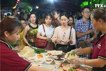 Hanoi included in best food tours around the world