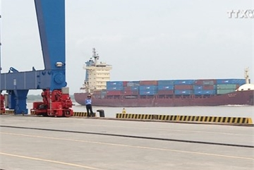 Bottlenecks in logistics need to be cleared