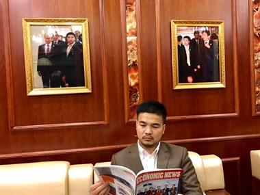 International press hails Vietnam-origin billionaire