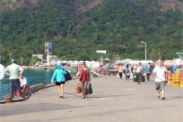 Burdens climb as tourists rise in Con Dao Island