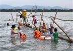 River turns swimming class