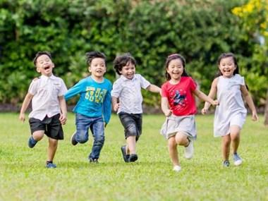 Urban kids in Vietnam enjoy green summer holidays
