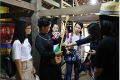 Space helps youngsters get closer to ethnic cultures
