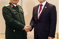 Vietnamese Defence Minister active in Shangri-La Dialogue