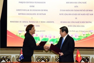 HCM City signs deal with Cuba on science-technology cooperation