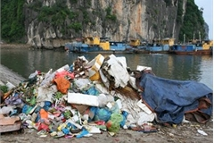 Vietnam's tourism sector fights against plastic waste