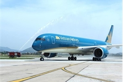 VN air carriers adjust schedules due to storm