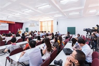 New Zealand helps Vietnamese officials boost English skills
