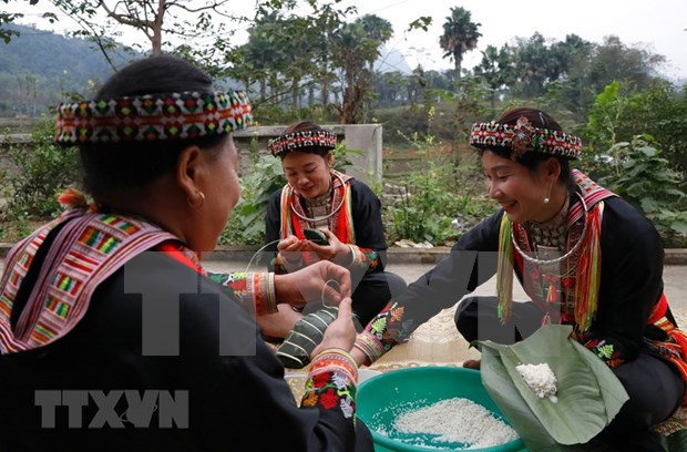 New Year customs of Red Dao ethnic people in Yen Bai province hinh anh 8