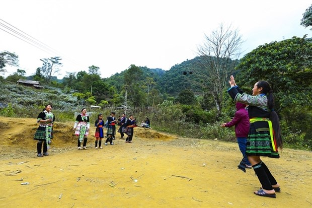 Mong ethnic people celebrate New Year hinh anh 1