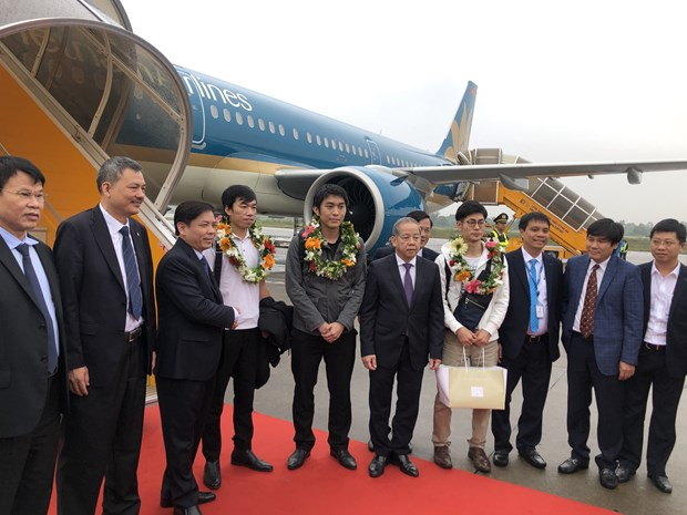 Air travel projected to grow 12 percent in 2019: ACV hinh anh 1