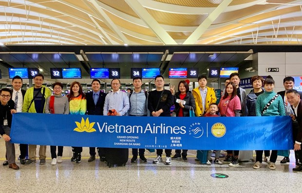 Vietnam Airlines launches Da Nang-Shanghai route hinh anh 1