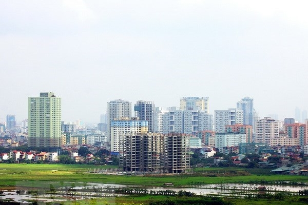 Hundreds of millions of USD await to enter Vietnam's realty market