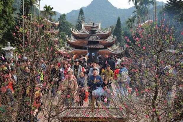 Spring festivals in full swing in Hanoi hinh anh 1