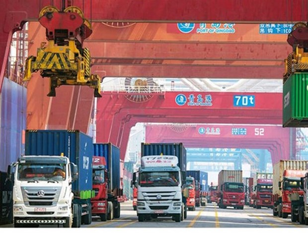Vietnam reports trade deficit of 100 million USD in January hinh anh 1