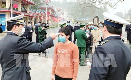 nCoV outbreak forces Vietnamese, Chinese border resident exchange reschedule hinh anh 1