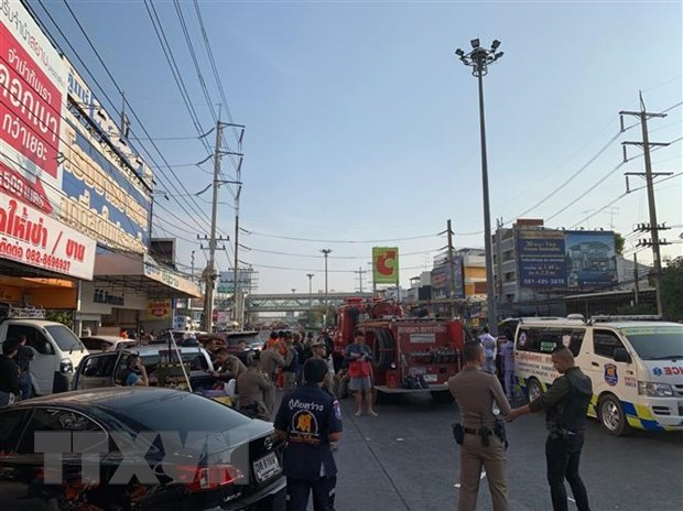 Mass shooting leaves 27 dead, 52 injured in Thailand hinh anh 1