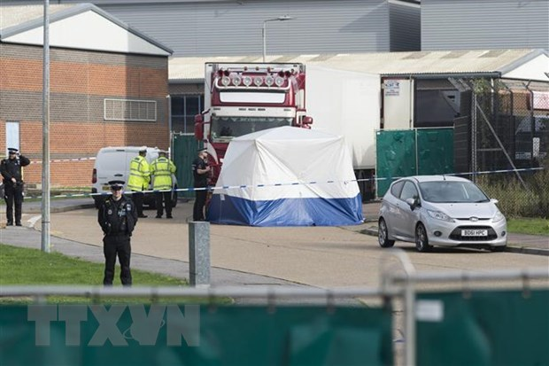 Essex truck victims die of lack of oxygen, overheating: British police hinh anh 1