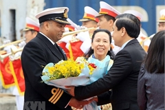 UK Royal Navy's ship visits Hai Phong